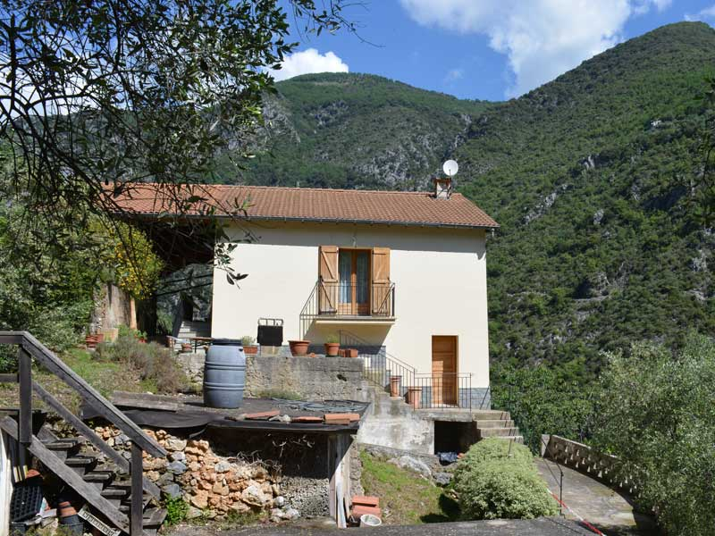gite-location-meublee-les-oliviers-galery8